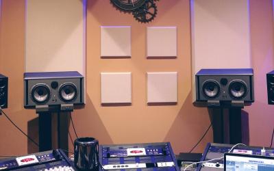 Akustika interiéru – měření a výpočet doby dozvuku